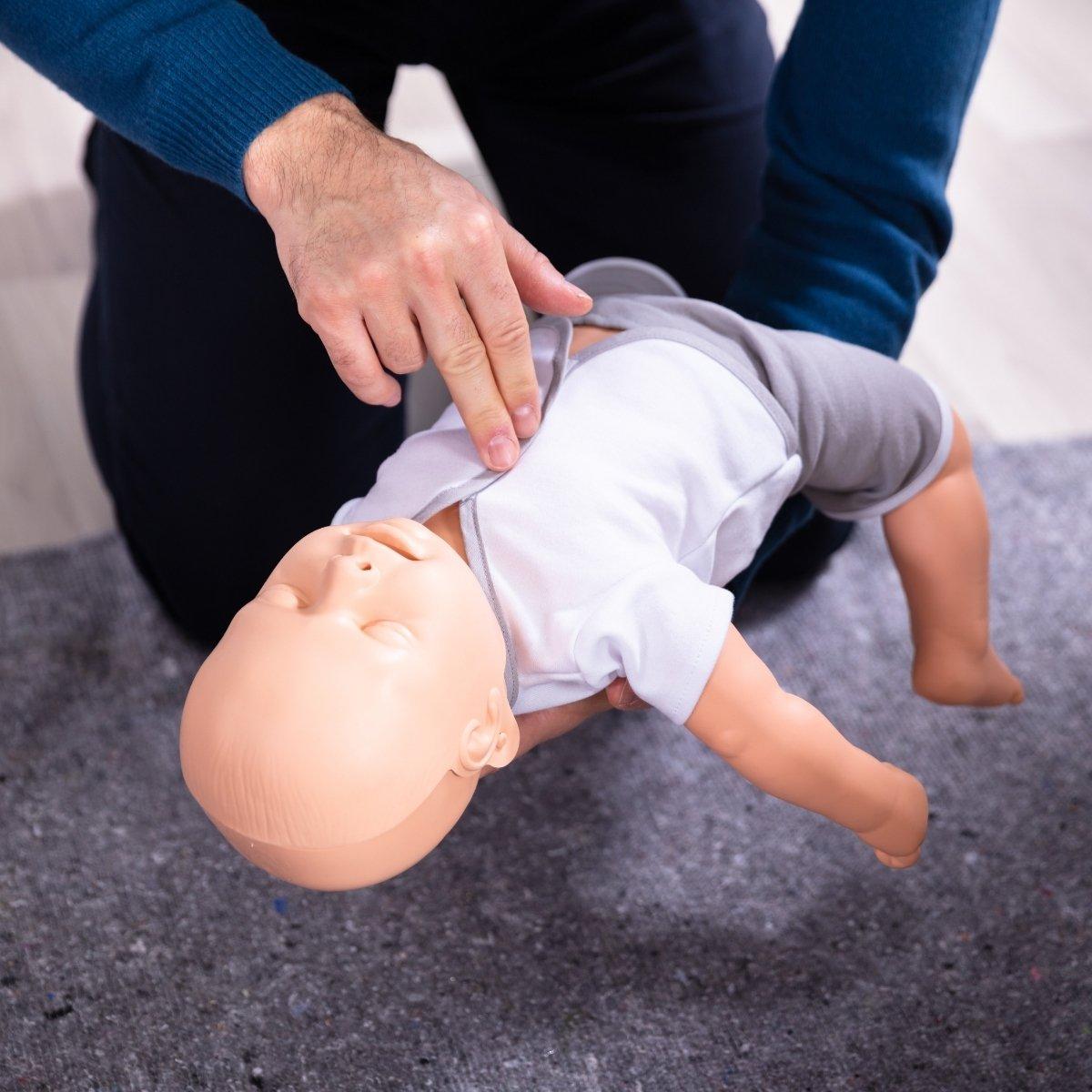 החייאה בילדים ובתינוקות