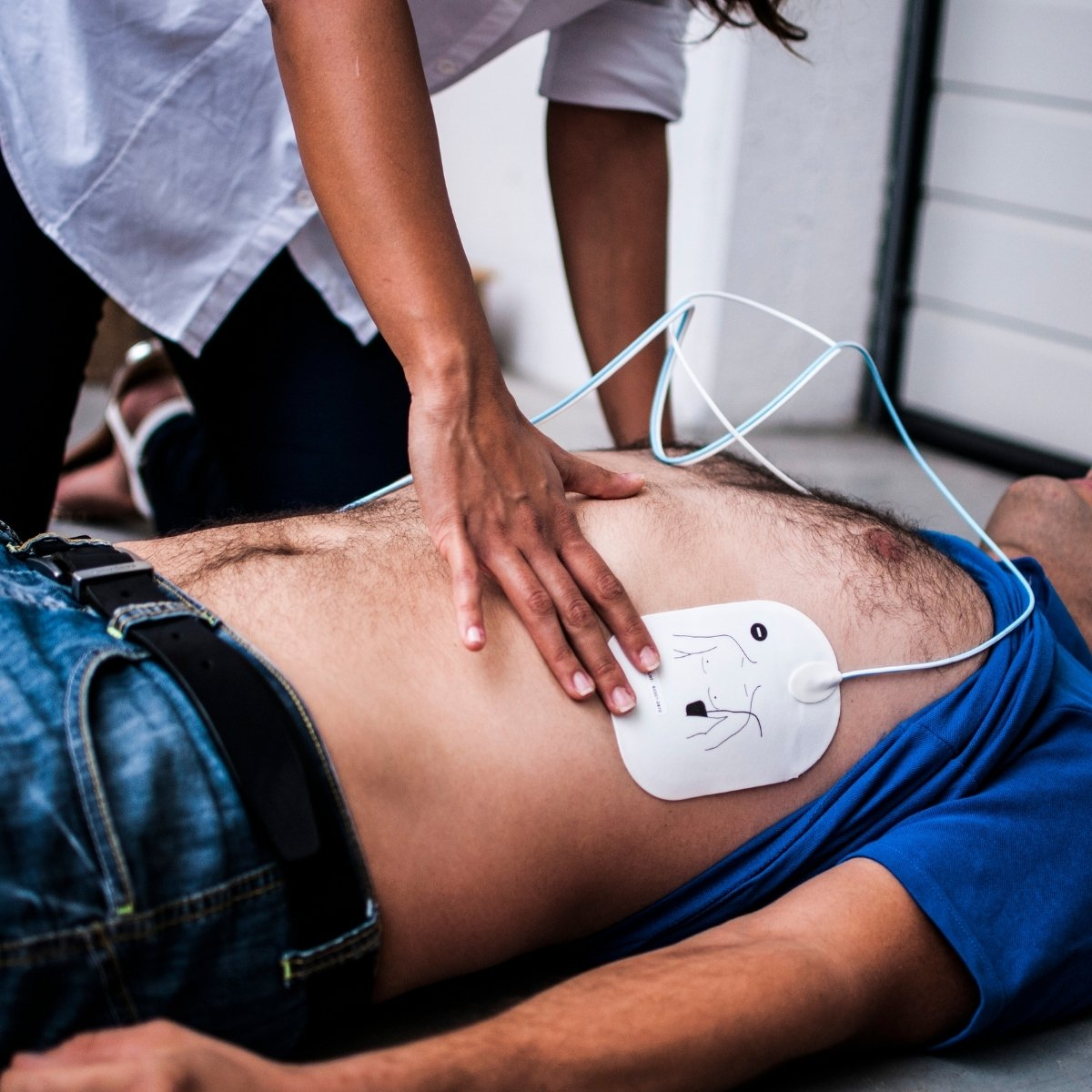 דפיברילטור – מתי ניאלץ להשתמש בו - החייאה